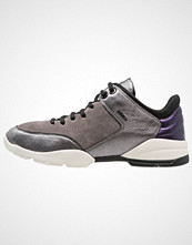 Geox SFINGE Joggesko gun/dark grey
