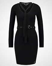 Lipsy Strikket kjole black