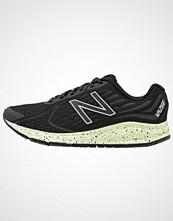 New Balance WRUSHPJ2 Nøytrale løpesko black/white