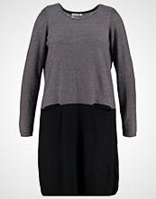 Junarose Strikket kjole medium grey melange