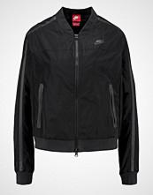 Nike Sportswear Bombejakke black