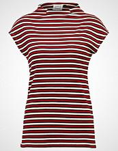 Karen by Simonsen DANDY  Tshirts med print white/dark red