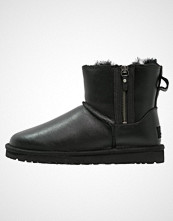 UGG Australia CLASSIC MINI Støvletter black