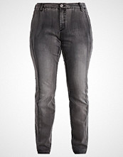 Zizzi SANNA Straight leg jeans grey denim
