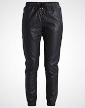Minimum TOVA Bukser black