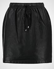 Minimum DELI Miniskjørt black