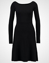 Yas YASDOROTA  Strikket kjole black