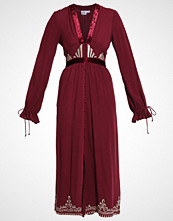 Somedays Lovin FLORENTINE  Fotsid kjole berry