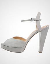 Michael Kors CLAIRE Sandaler med høye hæler pearl grey