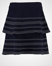 Banana Republic Aline skjørt preppy navy