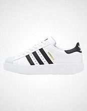 Adidas Originals SUPERSTAR BOLD Joggesko white/core black/gold metallic