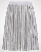 Vero Moda VMAMAZING Aline skjørt silver