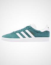 Adidas Originals GAZELLE Joggesko mystery green/white/gold metallic