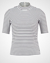Abercrombie & Fitch Tshirts med print white