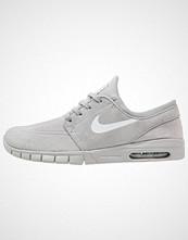 Nike Sb STEFAN JANOSKI MAX Joggesko matte silver/pure platinum