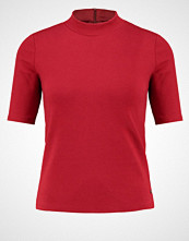 Abercrombie & Fitch Tshirts med print red