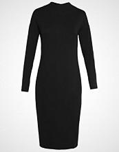 Karen by Simonsen KEANNA Strikket kjole black
