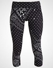 Reebok 3/4 sports trousers black