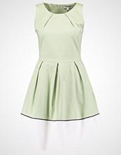 mint&berry Sommerkjole laurel green