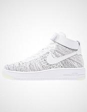 Nike Sportswear AIR FORCE 1 FLYKNIT Høye joggesko white/black