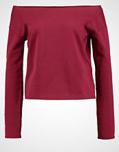 Missguided RAW EDGE CROPPED  Genser wine