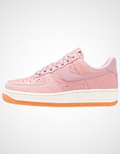 Nike Sportswear AIR FORCE 1 07 PREMIUM Joggesko pearl pink/pink glaze/sail