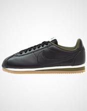 Nike Sportswear CLASSIC CORTEZ Joggesko black/legion green