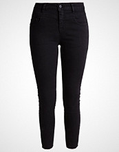Noisy May NMLUCY Jeans Skinny Fit black