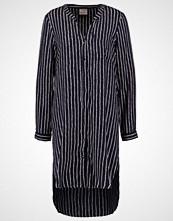 Vero Moda VMENA Skjorte navy blazer