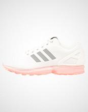 Adidas Originals ZX FLUX Joggesko white/metallic silver/hazcor