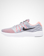 Nike Performance LUNARSTELOS Nøytrale løpesko black/hot punch/lava glow/white