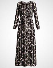 mint&berry Fotsid kjole black