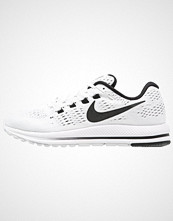 Nike Performance AIR ZOOM VOMERO 12 Nøytrale løpesko white/black/pure platinum