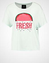 Saint Noir FRESH Tshirts med print pistachio