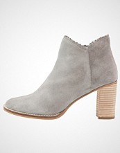mint&berry Ankelboots light grey