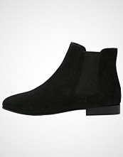 KIOMI Ankelboots black