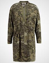 G-Star GStar POWEL CRUSADER SHIRT DRESS L/S Sommerkjole dark shamrock/combat