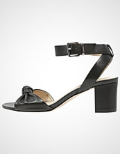 KIOMI Sandaler black