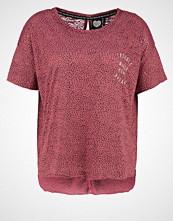 Catwalk Junkie Tshirts med print raspberry
