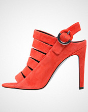 Kendall + Kylie MIA Sandaler bright coral