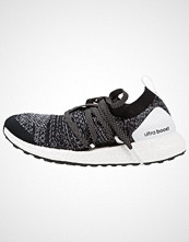 Adidas by Stella McCartney ULTRA BOOST X Nøytrale løpesko black/white