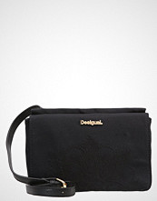 Desigual DALLAS NEW EMMA Skulderveske black