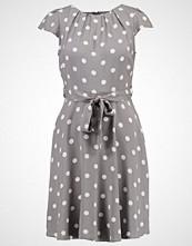 Dorothy Perkins Petite Sommerkjole grey