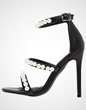 Missguided Sandaler med høye hæler black