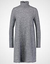 Only ONLELCOS Strikket kjole dark grey melange