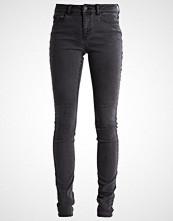 Noisy May NMLUCY Slim fit jeans dark grey denim