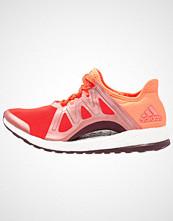 Adidas Performance PUREBOOST XPOSE Joggesko energy/gloora/maroon