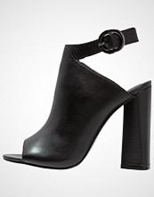 Kendall + Kylie GIGI Sandaler med høye hæler black dress