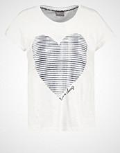 Vero Moda VMVALENTINE Tshirts med print snow white