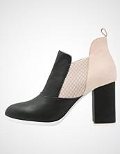 Shoe The Bear ELISE Ankelboots black